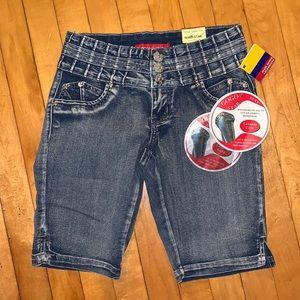 GOGO STAR Shorts